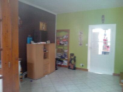 Maison à louer 3 70m2 à Mamers vignette-1