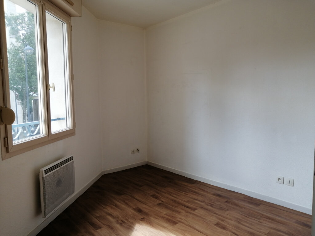 Appartement à louer 2 28.8m2 à Le Mans vignette-4