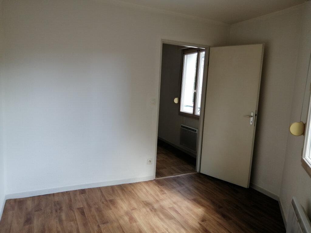 Appartement à louer 2 28.8m2 à Le Mans vignette-5