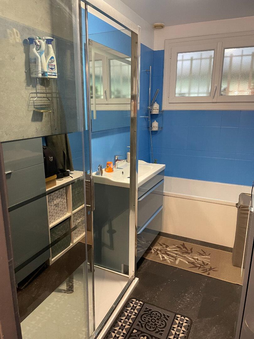 Maison à vendre 5 82m2 à Saint-Pavace vignette-6