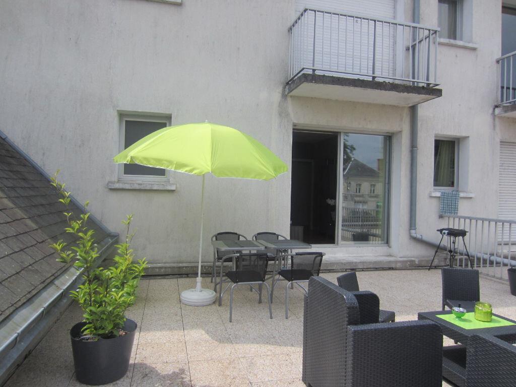 Appartement à louer 2 44.14m2 à Selles-sur-Cher vignette-1