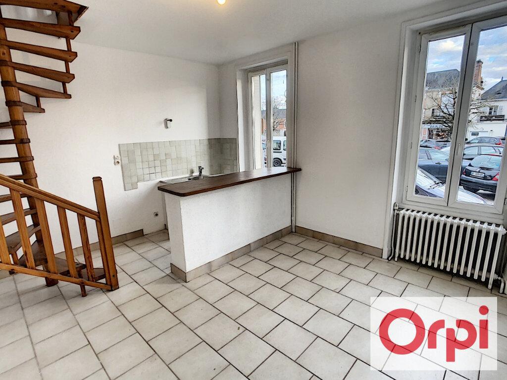 Appartement à louer 2 35.4m2 à Romorantin-Lanthenay vignette-2