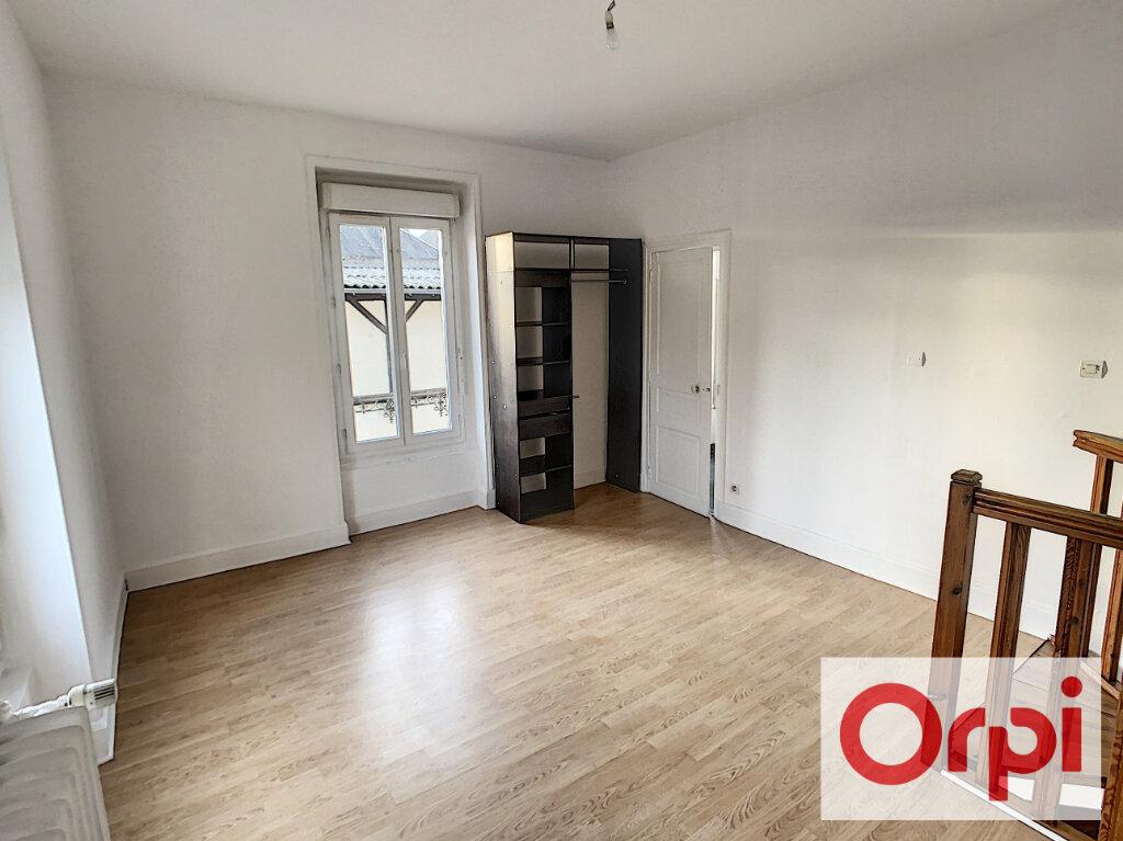 Appartement à louer 2 35.4m2 à Romorantin-Lanthenay vignette-3