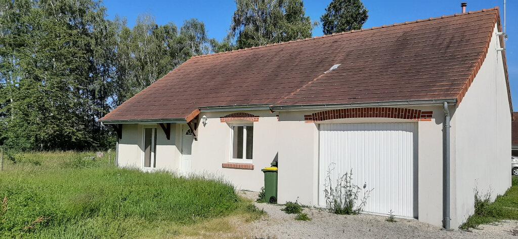 Maison à louer 4 85m2 à Fontguenand vignette-1