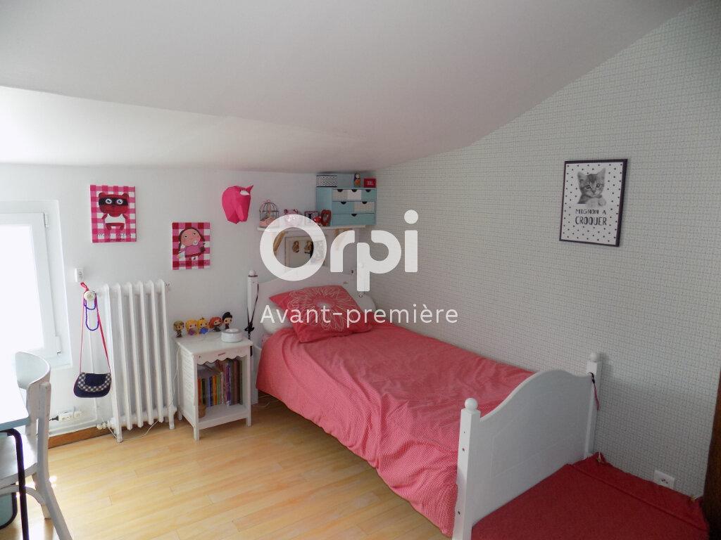Maison à vendre 6 140m2 à Saint-Aubin-le-Cloud vignette-10