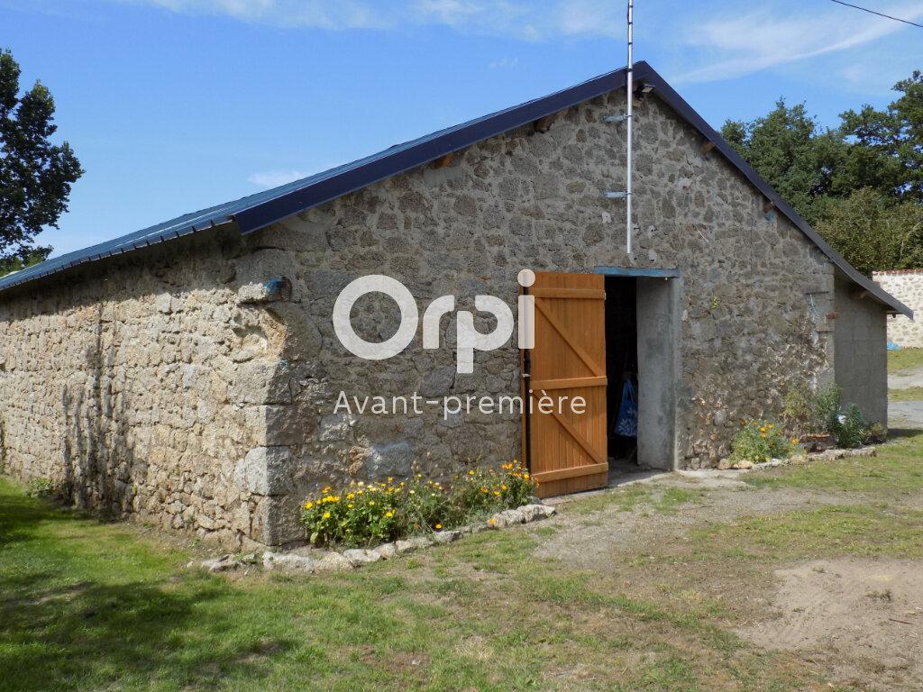 Maison à vendre 6 140m2 à Saint-Aubin-le-Cloud vignette-16