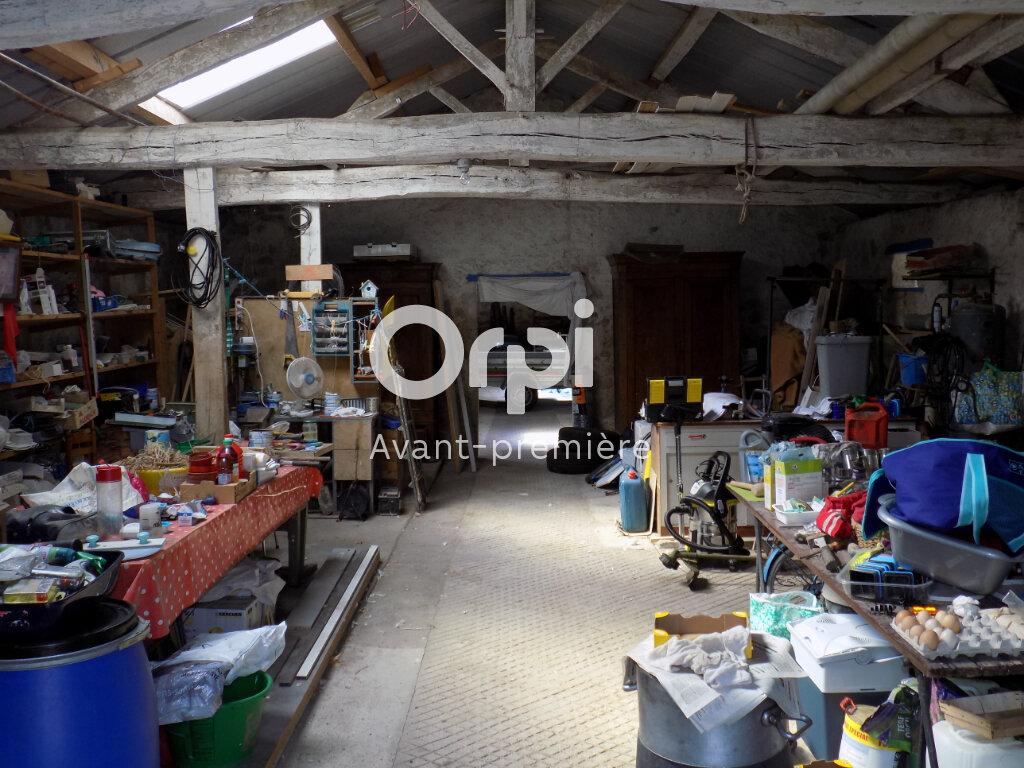 Maison à vendre 6 140m2 à Saint-Aubin-le-Cloud vignette-17