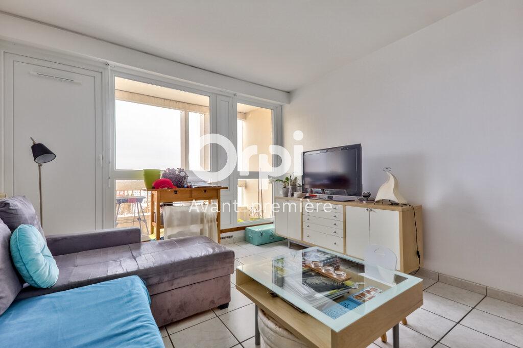 Appartement à vendre 3 61m2 à Villeurbanne vignette-7