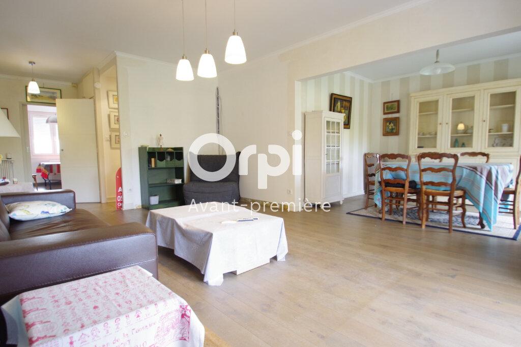 Appartement à vendre 5 112.6m2 à La Rochelle vignette-4