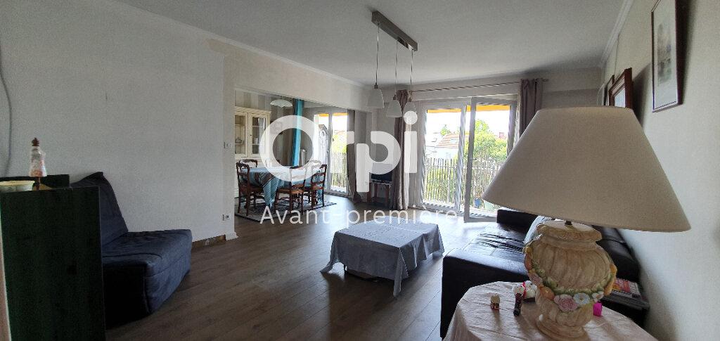 Appartement à vendre 5 112.6m2 à La Rochelle vignette-7