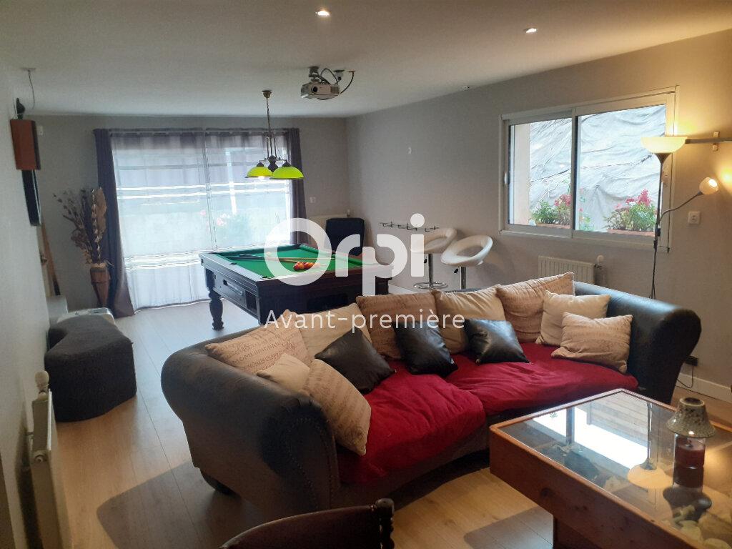 Maison à vendre 7 160m2 à Brive-la-Gaillarde vignette-2