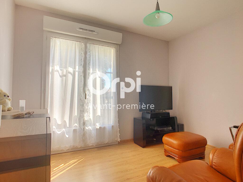 Appartement à vendre 3 68m2 à Clermont vignette-5