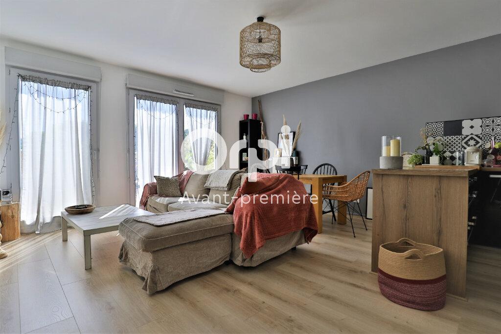 Appartement à vendre 4 78.22m2 à Poissy vignette-2