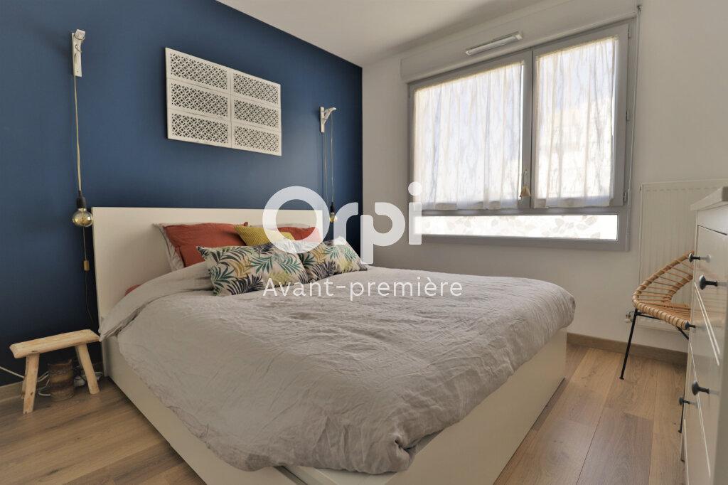 Appartement à vendre 4 78.22m2 à Poissy vignette-4