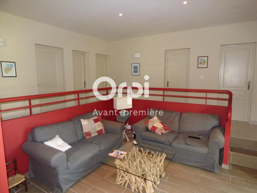 Maison à vendre 5 146m2 à Pernes-les-Fontaines vignette-6