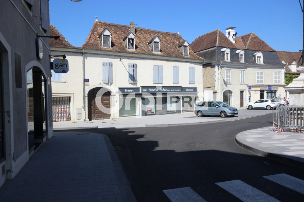 Local commercial à louer 100m2 à Orthez