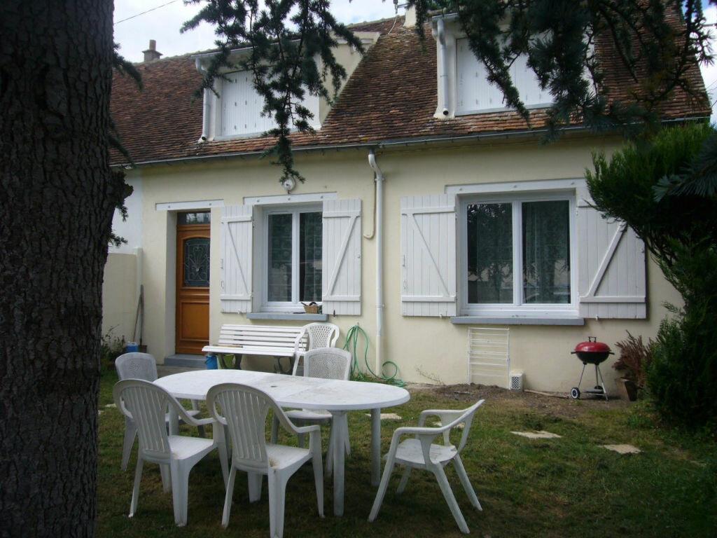 Achat Maison 8 pièces à Varennes-Changy - vignette-1