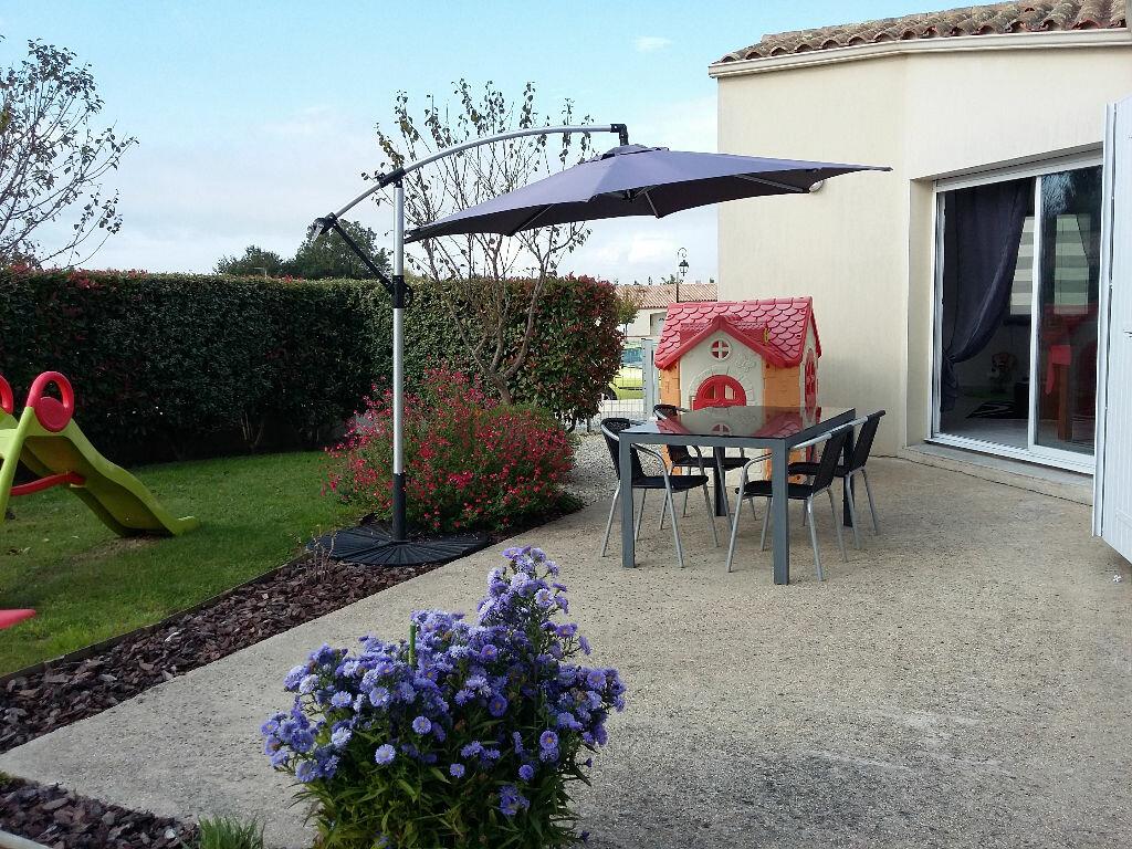 Achat Maison 4 pièces à Tonnay-Charente - vignette-1