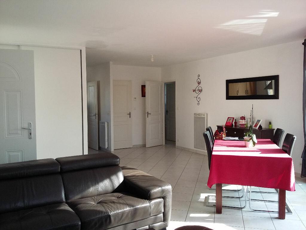 Achat Maison 4 pièces à Tonnay-Charente - vignette-2