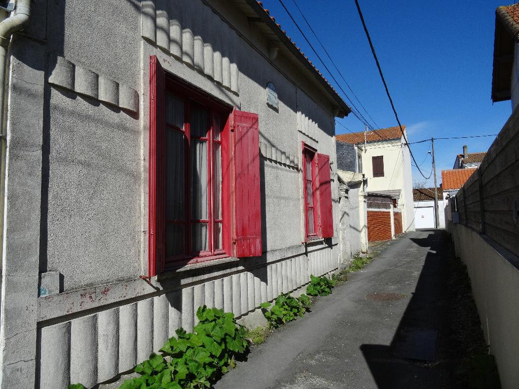 Achat Maison 3 pièces à Rochefort - vignette-1