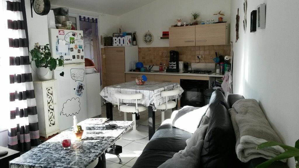 Achat Maison 2 pièces à Saint-Laurent-de-la-Prée - vignette-1