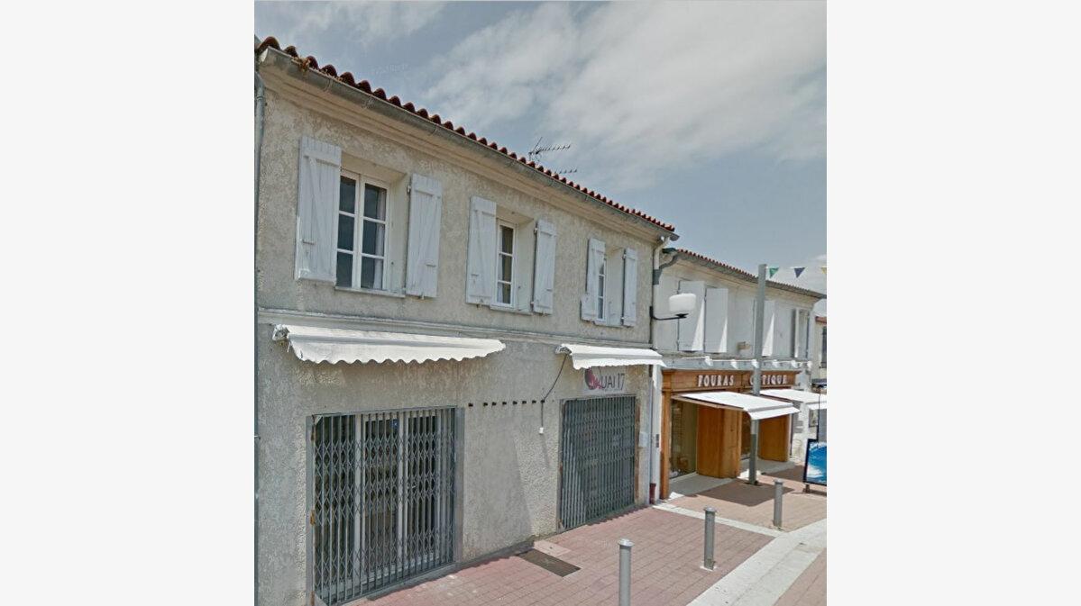 Location Local commercial  à Fouras - vignette-1