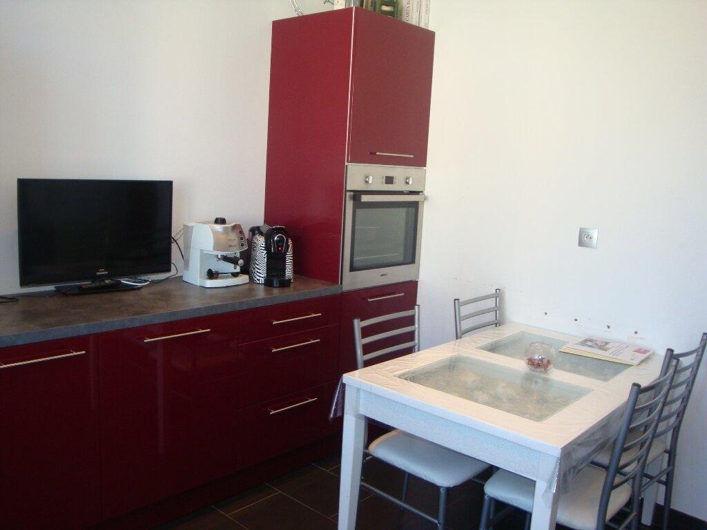 Achat Appartement 3 pièces à Saint-Fons - vignette-1