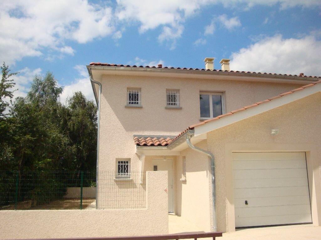 Location Maison 5 pièces à Chasse-sur-Rhône - vignette-1