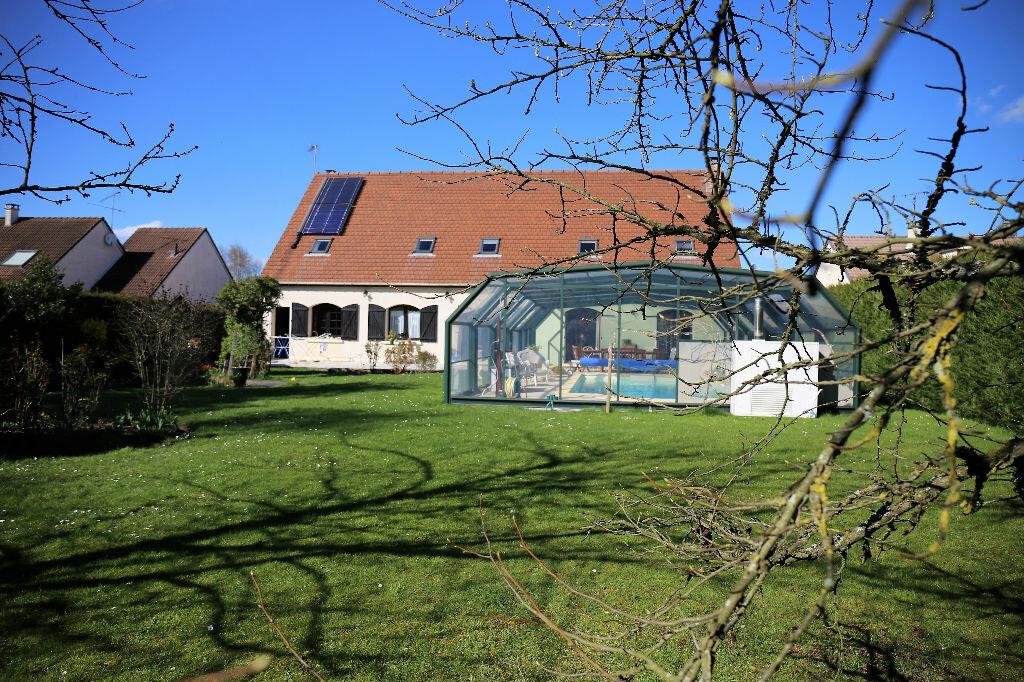 Achat Maison 10 pièces à Dammartin-en-Goële - vignette-1