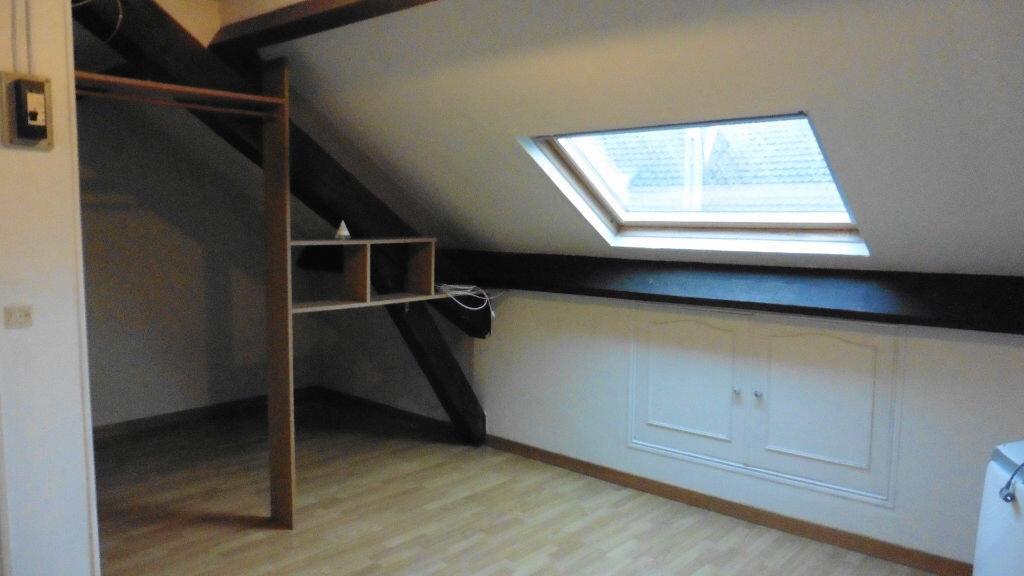 Achat Appartement 1 pièce à Crépy-en-Valois - vignette-1