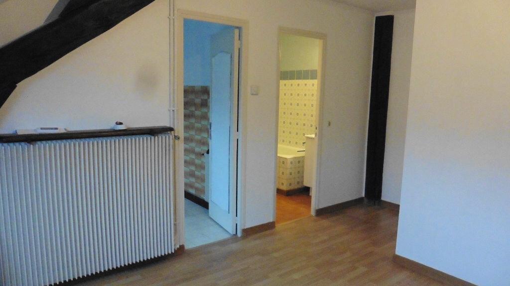 Achat Appartement 1 pièce à Crépy-en-Valois - vignette-2