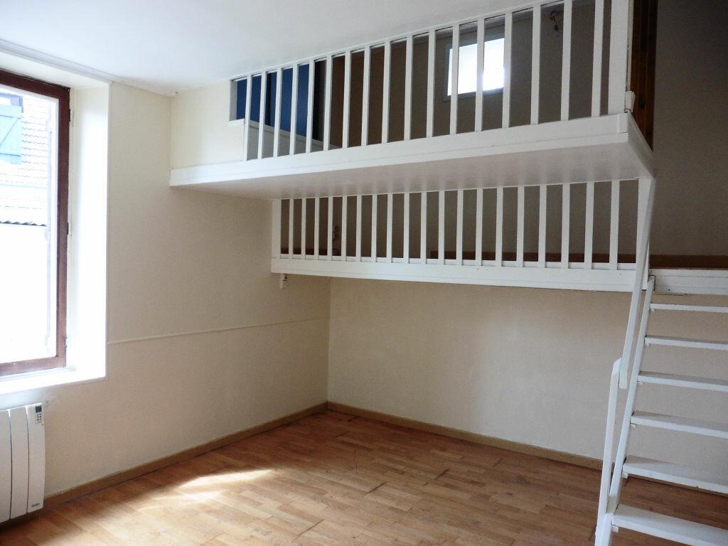 Achat Appartement 3 pièces à Crépy-en-Valois - vignette-3
