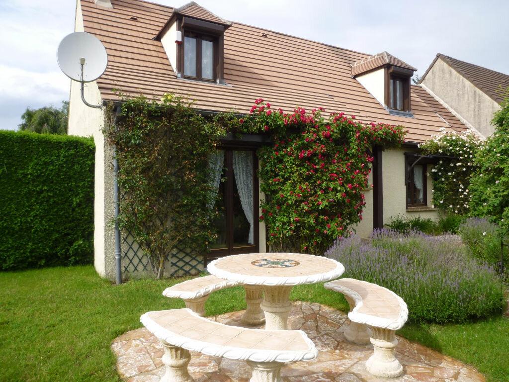 Achat Maison 5 pièces à Auger-Saint-Vincent - vignette-1