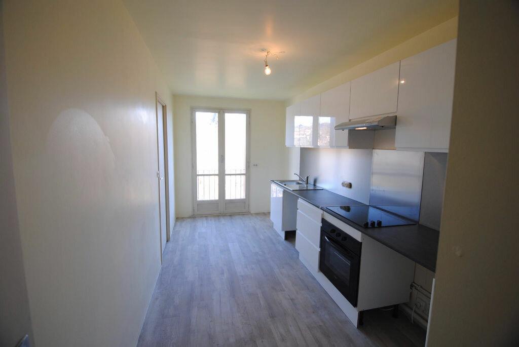 Achat Appartement 4 pièces à Manosque - vignette-3