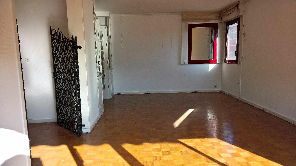 Achat Appartement 4 pièces à Marseille 6 - vignette-1