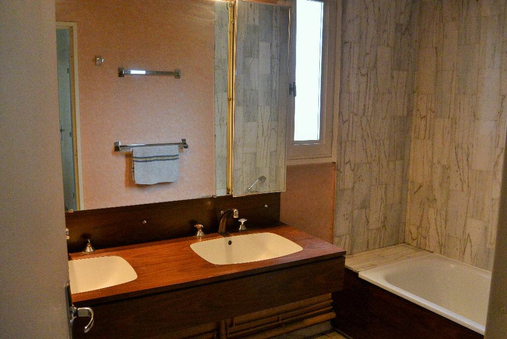 Achat Appartement 4 pièces à Marseille 6 - vignette-10
