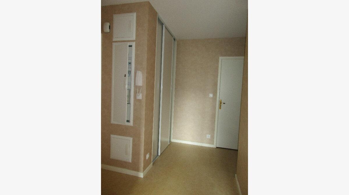 Achat Appartement 3 pièces à Argentan - vignette-3