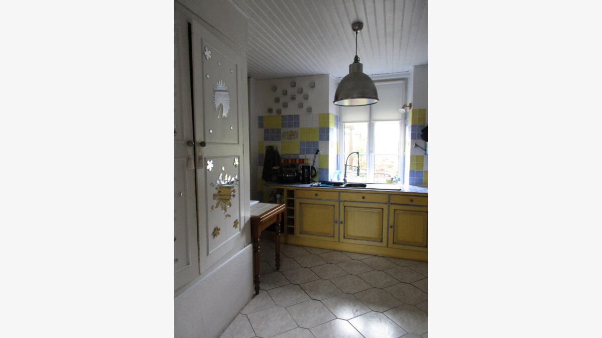 Achat Maison 7 pièces à Vieux-Pont - vignette-6