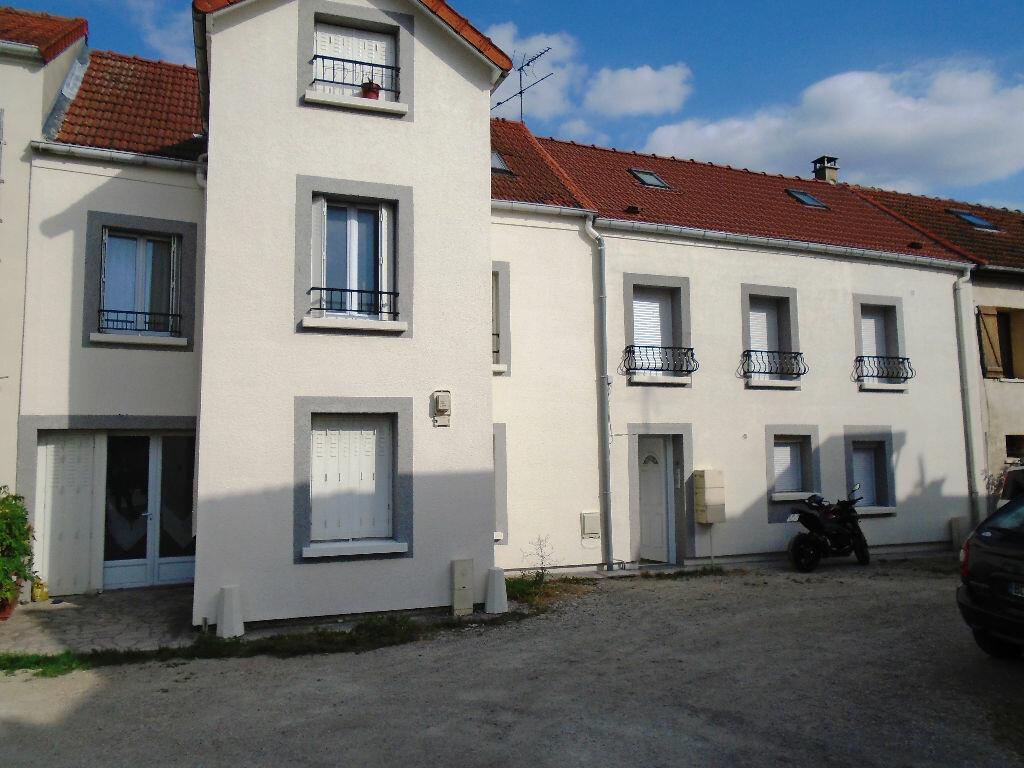 Location Appartement 2 pièces à Courtry - vignette-1