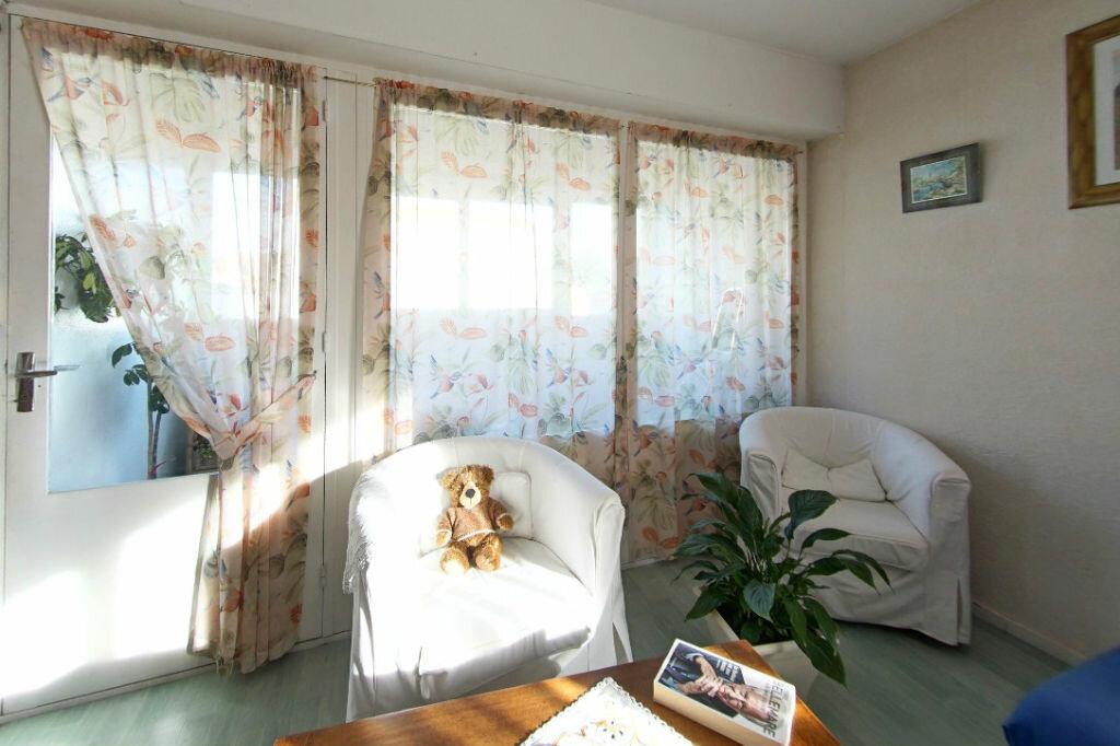 Achat Appartement 2 pièces à Périgueux - vignette-2