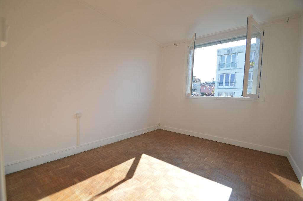 Achat Appartement 3 pièces à Notre-Dame-de-Sanilhac - vignette-7