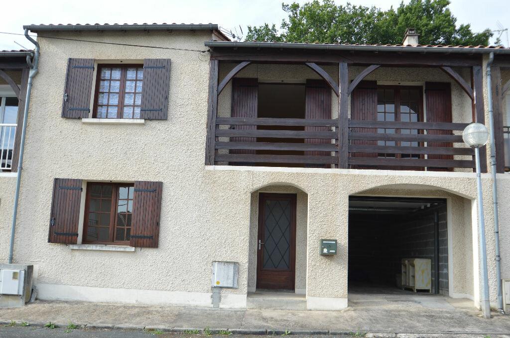 Location Maison 4 pièces à Coulounieix-Chamiers - vignette-1
