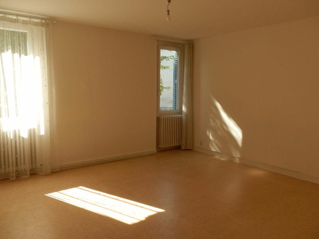 Location Appartement 3 pièces à Coulounieix-Chamiers - vignette-1