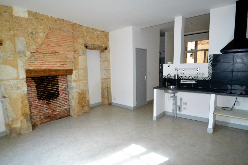 Location Appartement 1 pièce à Périgueux - vignette-1