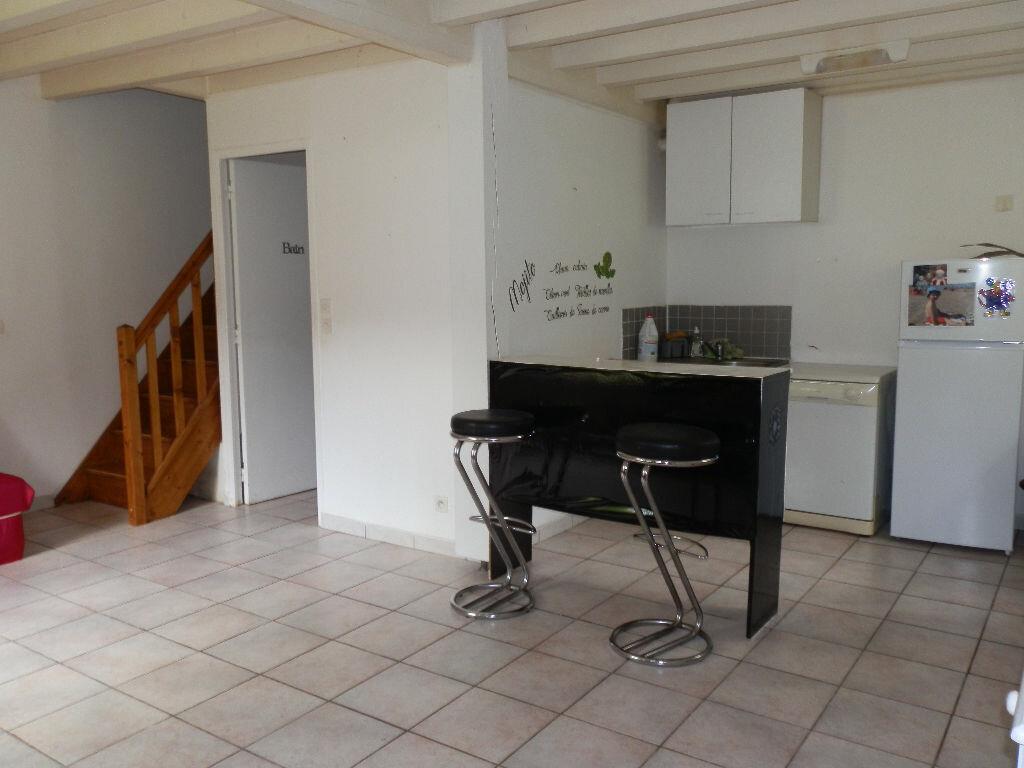 Location Maison 3 pièces à Grun-Bordas - vignette-1