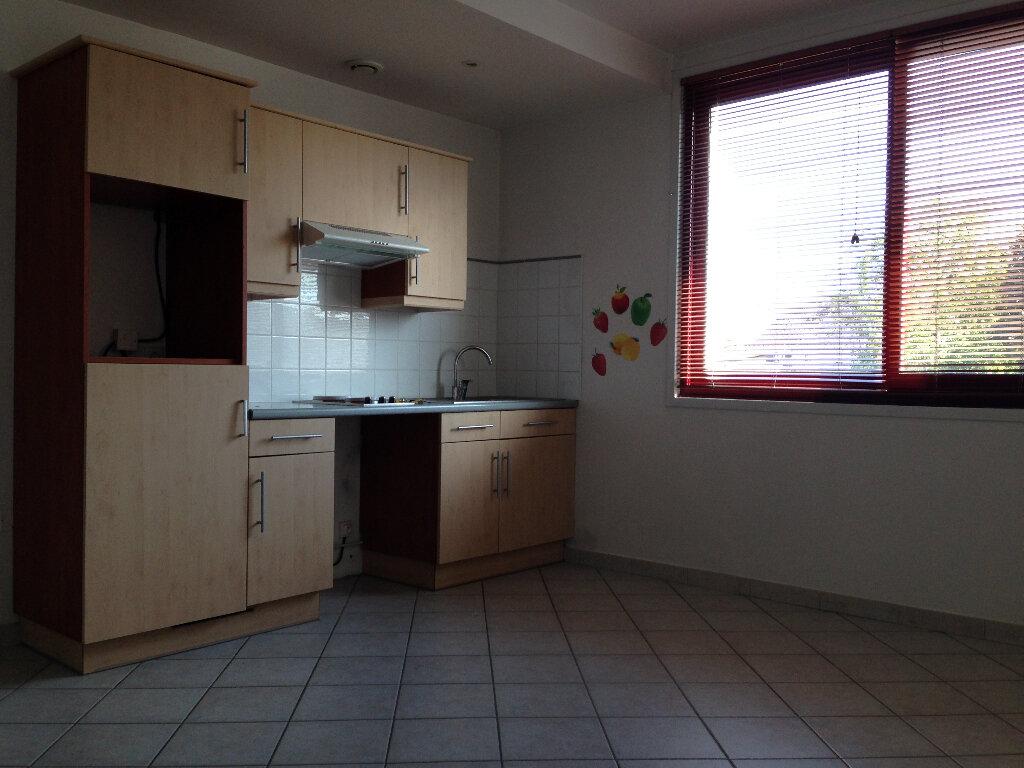 Location Appartement 2 pièces à Feignies - vignette-1