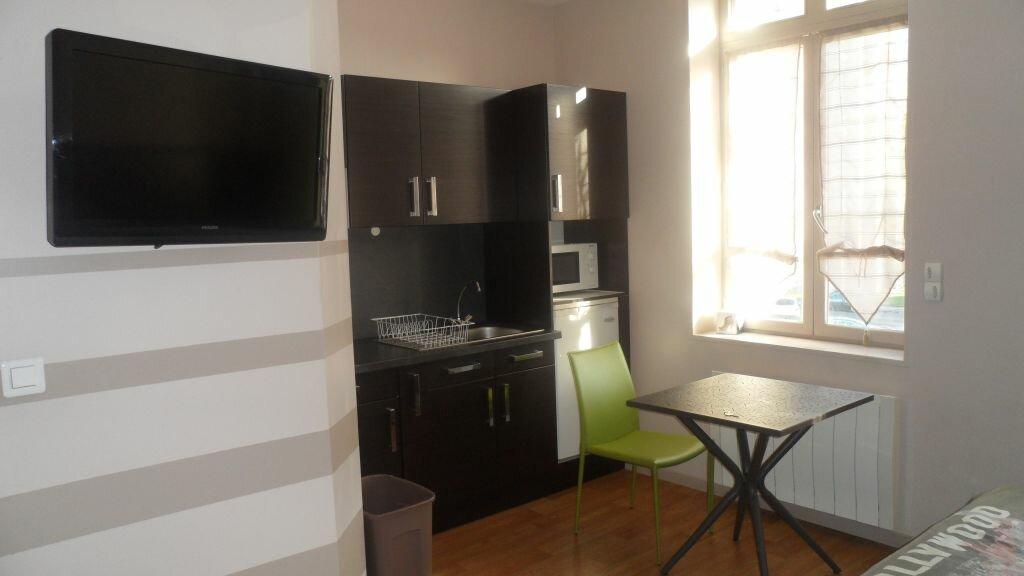 Location Appartement 1 pièce à Saint-Amand-les-Eaux - vignette-1