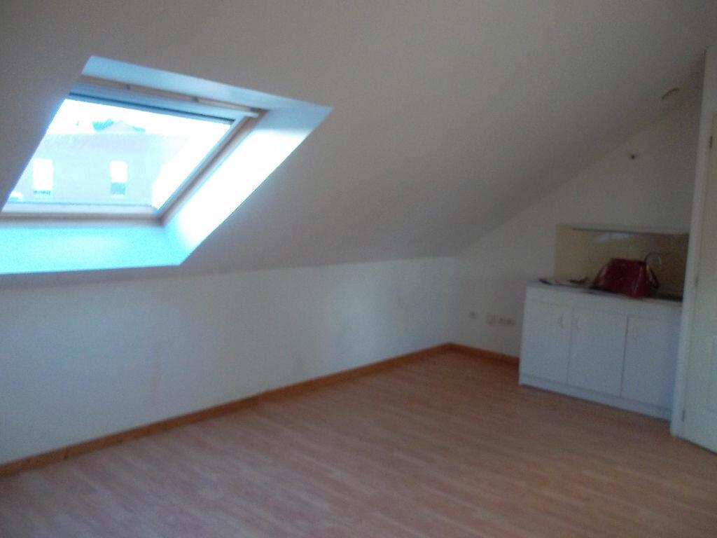 Location Appartement 2 pièces à Hautmont - vignette-2