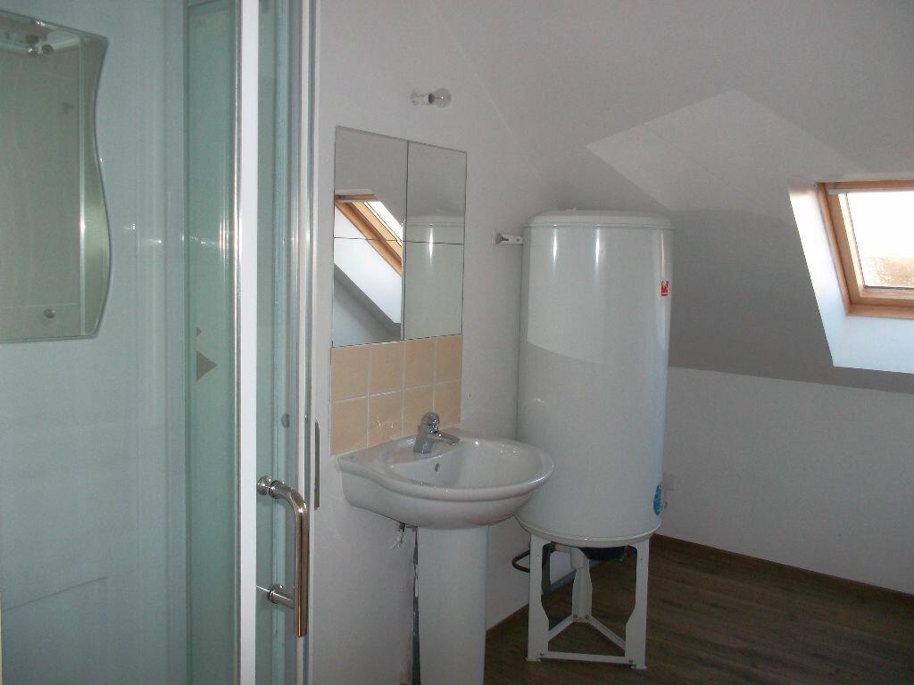 Location Appartement 2 pièces à Hautmont - vignette-4