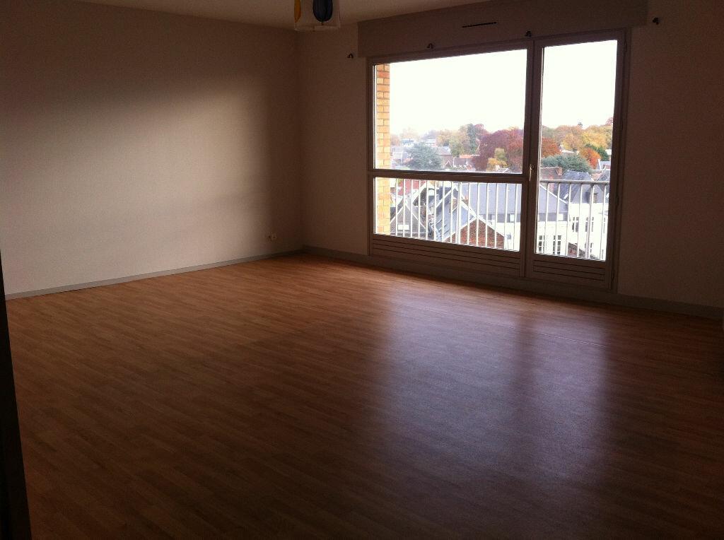 Achat Appartement 3 pièces à Valenciennes - vignette-2